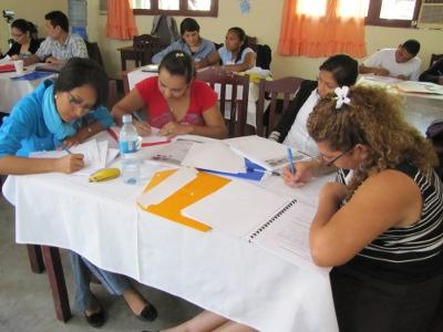 Curso de Formación para Mediadoras en Capacidades Emprendedoras. (2011)